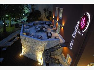 отель Bastion , Воздух расстояние до центра города 5 m