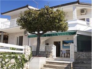 Kwatery nad morzem Split i Riwiera Trogir,Rezerwuj Florijan Od 195 zl