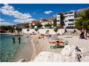 Beachfront accommodation Darko Dugi Rat,Book Beachfront accommodation Darko From 85 €