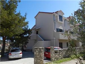Апартамент Ante Tisno - ostrov Murter, квадратура 55,00 m2, Воздух расстояние до центра города 900 m
