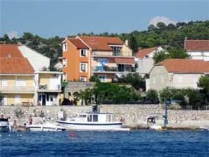 Apartmán Marica Brodarica, Rozloha 90,00 m2, Vzdušná vzdialenosť od mora 50 m, Vzdušná vzdialenosť od centra miesta 100 m