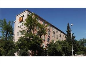 Apartmanok Mira Split, Méret 44,00 m2, Központtól való távolság 600 m