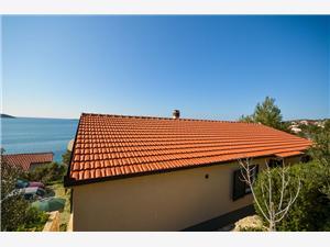 Beachfront accommodation Split and Trogir riviera,Book Zlatko From 76 €