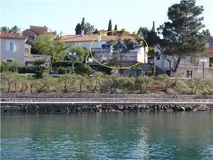 Apartmány Dunato Nedeljko Silo - ostrov Krk, Prostor 35,00 m2, Vzdušní vzdálenost od moře 200 m, Vzdušní vzdálenost od centra místa 100 m