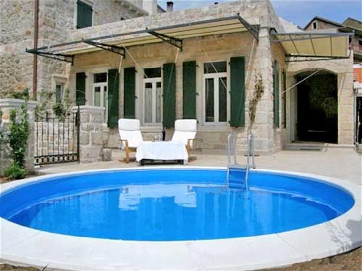 Villa Carić