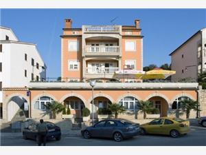 Апартаменты Christian Vrsar, квадратура 40,00 m2, Воздух расстояние до центра города 800 m