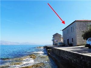 Namestitev ob morju Srednjedalmatinski otoki,Rezerviraj Terezija Od 117 €