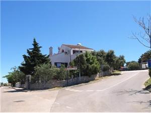 Appartementen Magda Mali Losinj - eiland Losinj, Kwadratuur 45,00 m2, Lucht afstand naar het centrum 600 m