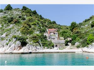 Dom Ančica Chorwacja, Domek na odludziu, Powierzchnia 60,00 m2, Odległość do morze mierzona drogą powietrzną wynosi 30 m