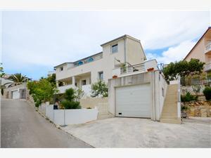 Appartementen Silvana Okrug Gornji (Ciovo),Reserveren Appartementen Silvana Vanaf 78 €