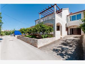 Apartment - Supetar - island Brac