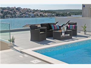Villa Riviera de Šibenik,Réservez Rogoznica De 651 €