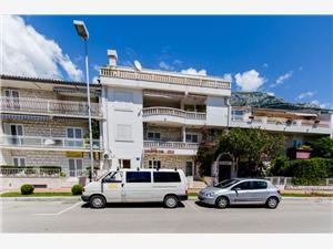 Apartmanok Mirko Makarska riviéra, Méret 26,00 m2, Légvonalbeli távolság 120 m, Központtól való távolság 300 m