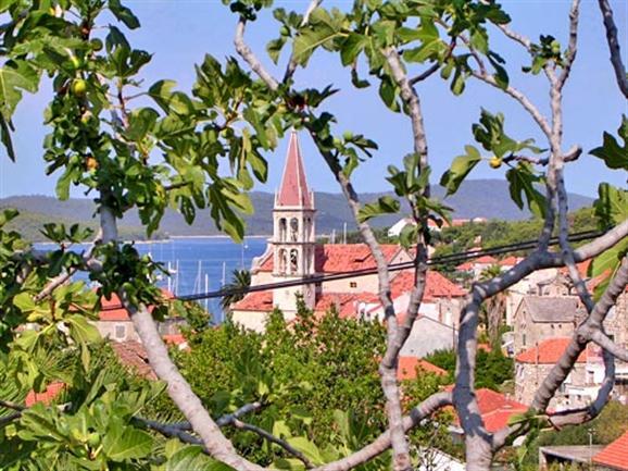 Milna - otok Brac