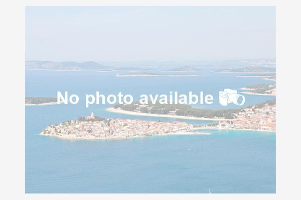 Nerezisce - wyspa Brac