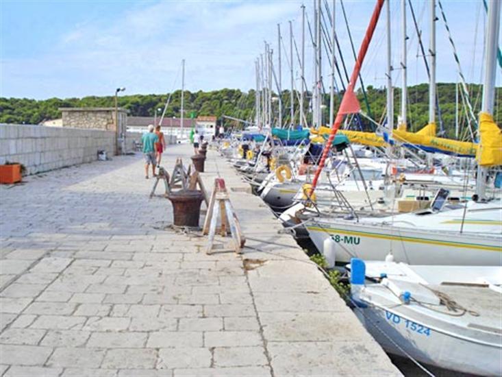 Prvic Luka - eiland Prvic