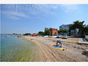 Alloggio vicino al mare Veljko Grebastica,Prenoti Alloggio vicino al mare Veljko Da 88 €