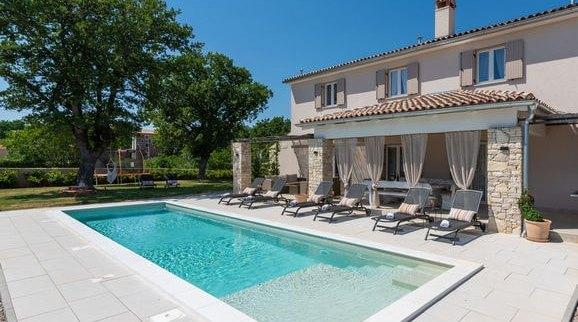 Počitniške hiše na Hrvaškem