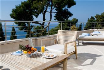 Oavsett var ni vill tillbringa er semester, erbjuder vi hotell i hela Kroatien.