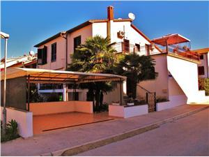 Apartments Mirko Fazana, Size 55.00 m2, Airline distance to town centre 400 m