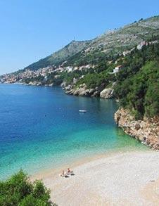 Песчаный пляж в Хорватии