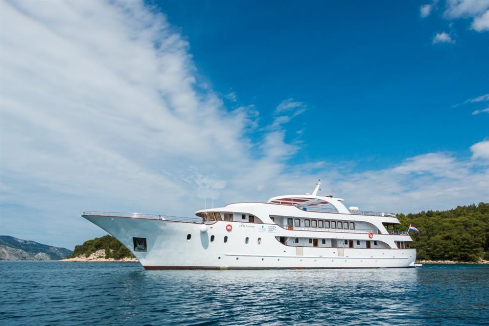Deluxe-cruise-Croatia