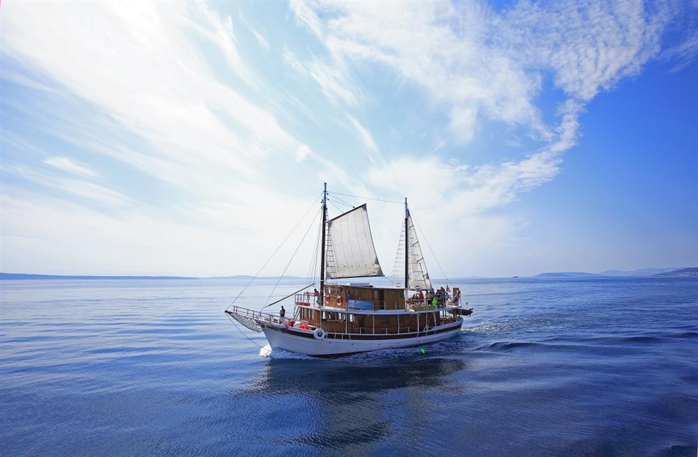 Cruise-Croatia-sail