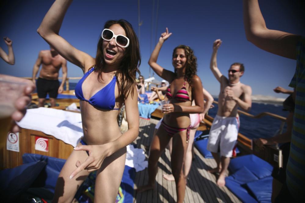 Party-Croatia-gulet-cruise
