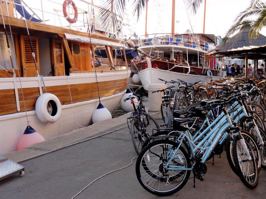 Croatia-gulet-bike-cruise