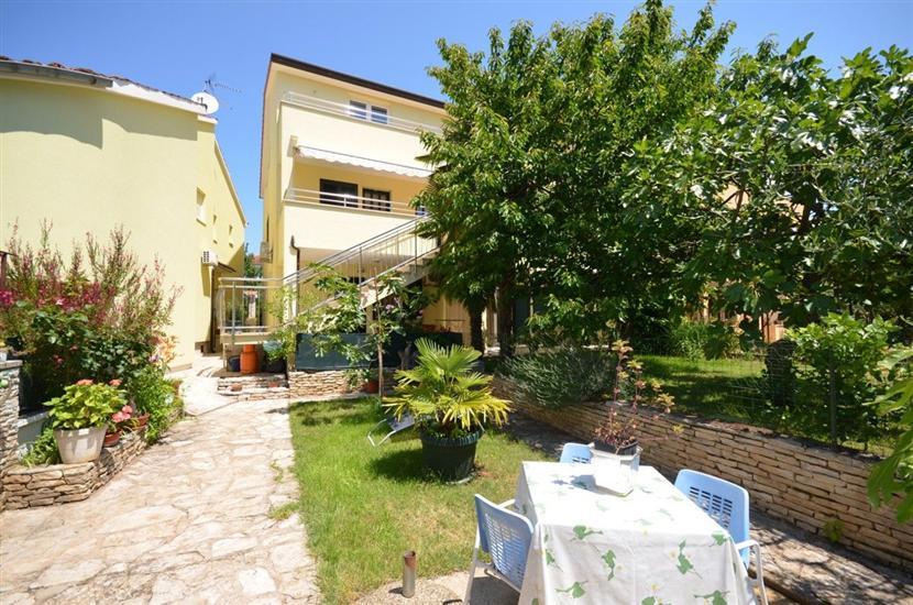 Ferienwohnungen und Zimmer Mirjana