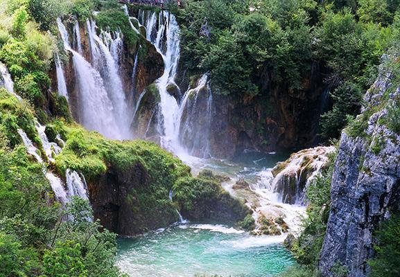 Plitvicesjöarna - UNESCO världsarv Kroatien