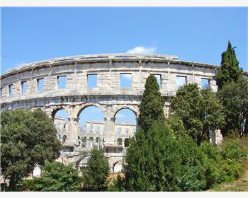 Die Arena von Pula