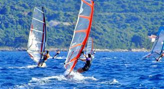 Strandok Vízi Sportok és aktivitás Horvátország