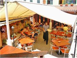 Taverna Maslina Kastel Kambelovac Restaurace