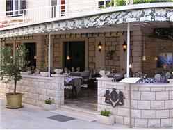 Restaurace King Povlja - ostrov Brac Restaurace