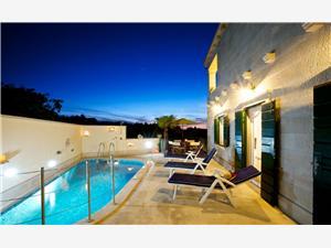 вилла Serena Mirca - ostrov Brac, квадратура 140,00 m2, размещение с бассейном, Воздух расстояние до центра города 700 m