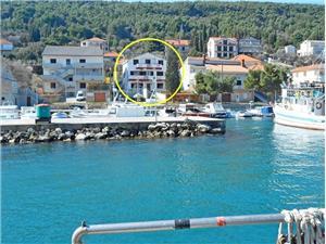 Ubytovanie pri mori Ostrovy Severnej Dalmácie,Rezervujte Milan Od 71 €