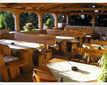 Tavern Kažeta