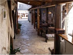 Tavern Vapor Nevidane - eiland Pasman Restaurant