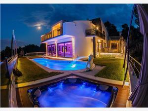Privatunterkunft mit Pool Riviera von Split und Trogir,Buchen Helios Ab 450 €