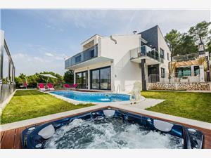 Villa Helios Kroatien, Größe 200,00 m2, Privatunterkunft mit Pool, Luftlinie bis zum Meer 150 m