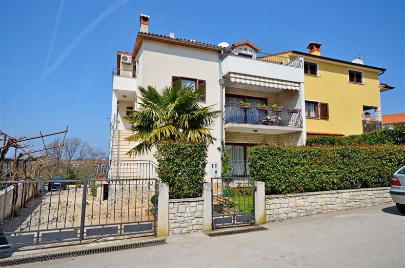 Apartmaji Milan