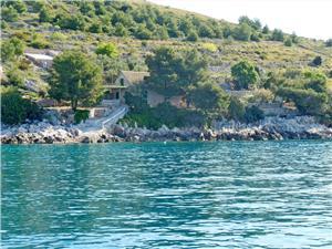 Beachfront accommodation Middle Dalmatian islands,Book Božidar From 146 €