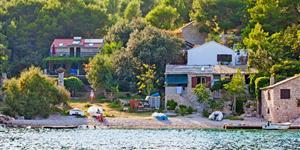 Dom - Stomorska - wyspa Solta