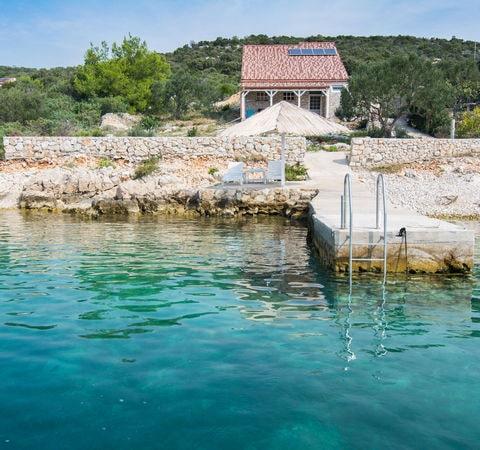 Izolované domy na samotě v Chorvatsku