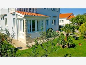 Appartementen Ivan Stomorska - eiland Solta,Reserveren Appartementen Ivan Vanaf 117 €