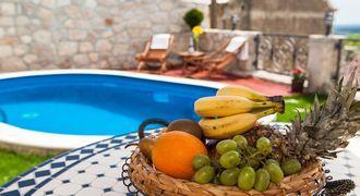 Prekrasan ugođaj sela i kuća na selu osvojiti će Vas na prvi pogled