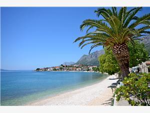 Haus Anka Makarska Riviera, Größe 170,00 m2, Luftlinie bis zum Meer 10 m, Entfernung vom Ortszentrum (Luftlinie) 250 m