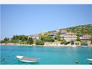 Ferienwohnungen Ivan Kroatien, Größe 50,00 m2, Privatunterkunft mit Pool, Luftlinie bis zum Meer 100 m