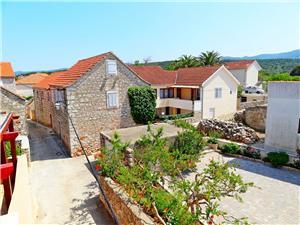 Maison Lara Vrboska - île de Hvar, Maison de pierres, Superficie 140,00 m2, Distance (vol d'oiseau) jusqu'au centre ville 150 m
